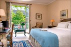 Chambre classique terrasse Manoir de Gressy