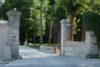 Entrée de l'Abbaye Royale Notre Dame de Cercanceaux