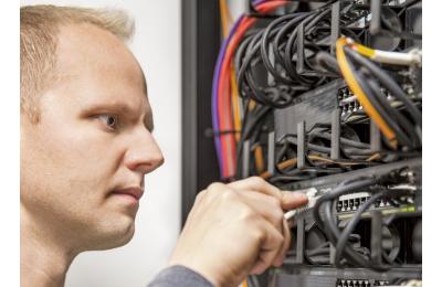 techniciens réseaux très haut débit